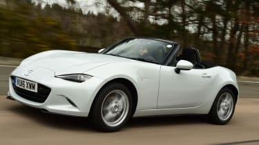 Long-term test review Mazda MX-5 - front tracking