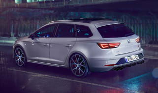 SEAT Leon ST Cupra Carbon Edition - rear