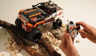 Lego Technic 4x4 R/C Rock Crawler