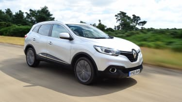 MG GS vs rivals - Renault Kadjar front tracking