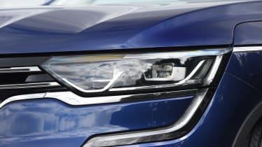 Renault Koleos - front light