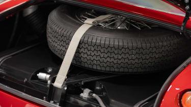 Aston Martin DB4 GT Zagato Continuation - spare wheel