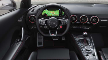 Audi TT RS Roadster - dash