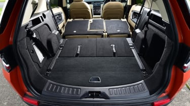 Land Rover Discovery Sport - boot all seats down
