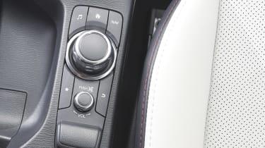 Mazda MZD CONNECT - dial controls