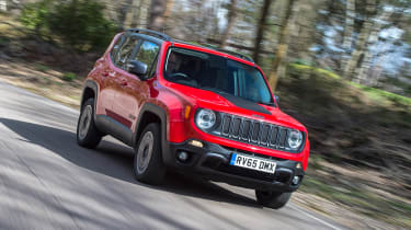 Jeep Renegade - front action