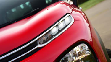 Citroen C3 Aircross - headlights