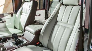 Land Rover Defender Zulu seats