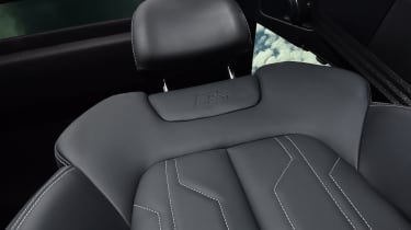 Audi A7 Sportback - front seat