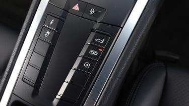 Porsche Cayman - buttons