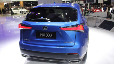 Lexus NX facelift 2017 tail