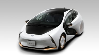 Toyota LQ concept - front 3/4 static