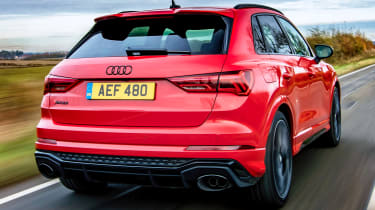 Audi RS Q3 - rear tracking