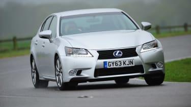 Lexus GS 300h Luxury action