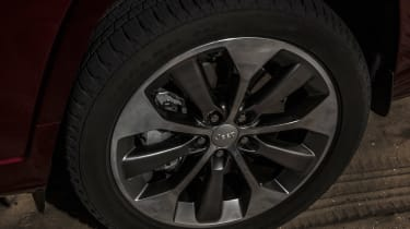 Jeep Cherokee - wheel