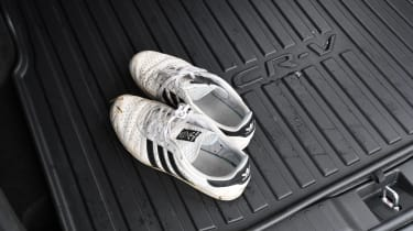 Honda CR-V - boot shoes
