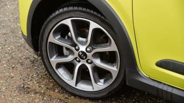 Kia Picanto - wheel