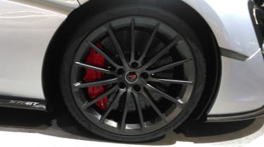McLaren 570GT 2016 - Geneva Stand Shot Alloy Detail