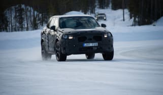 Volvo XC90 first ride action