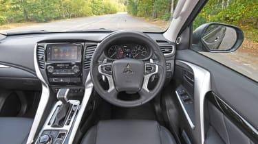Mitsubishi Shogun Sport interior