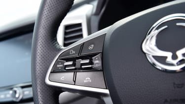 SsangYong Musso - steering wheel detail