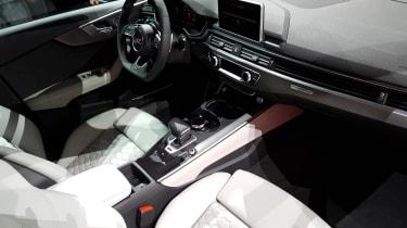 Audi RS4 Avant - Frankfurt dash