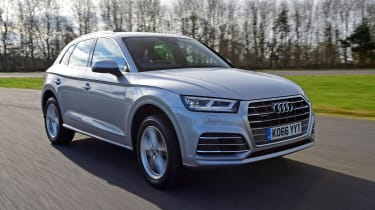 Audi Q5 - front tracking