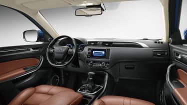 Qoros 5 SUV interior