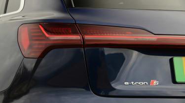 Audi e-tron S - rear lights