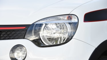 Renault Twingo - front light detail