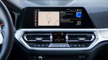 BMW 320d - sat-nav