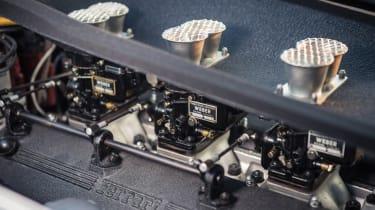 Ferrari 250 GT LWB California Spider Competizione - carburettors