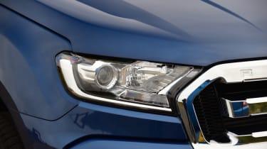 Ford Ranger - front headlight
