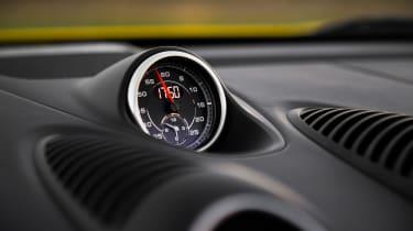 Porsche 718 Boxster GTS - dial