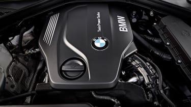 BMW 220d Convertible - engine