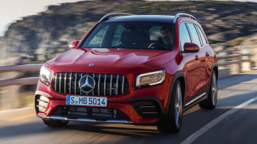 Mercedes-AMG GLB 35 - front tracking