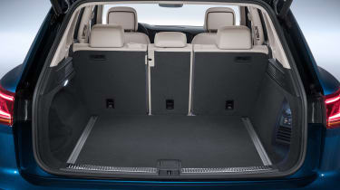 Volkswagen Touareg - boot open