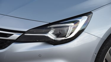 Vauxhall Astra diesel - headlight