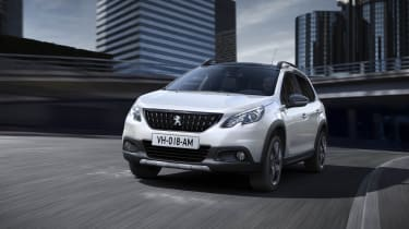 Peugeot 2008 2016 - white front cornering