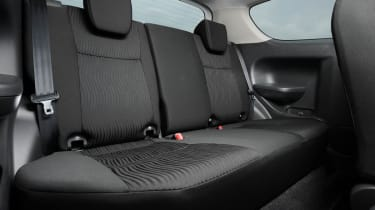 Suzuki Swift Attitude rear seat