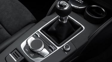 Audi A3 TFSI 2016 - centre console
