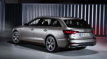 Audi A4 Avant - studio rear