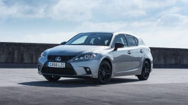 Lexus CT200h front side