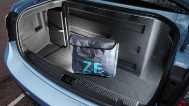 Renault Fluence Z.E. boot