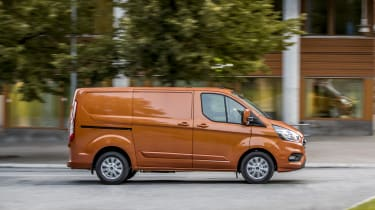 Ford Transit Custom PHEV tracking