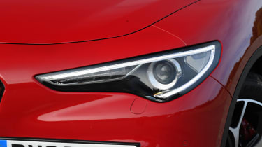 Alfa Romeo Stelvio - front light