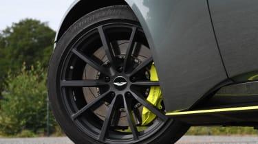 Aston Martin DB11 AMR  - wheel