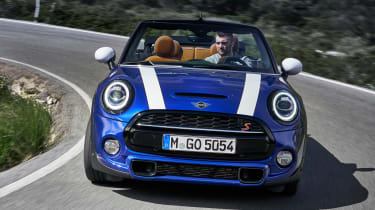 MINI Convertible - full front action