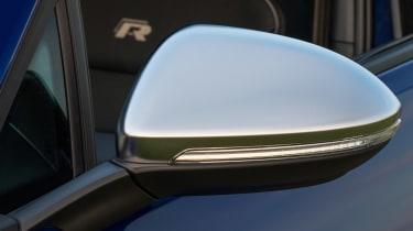 Volkswagen Golf R 2017 mirror
