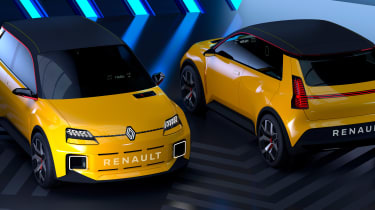 Renault 5 EV concept - front and rear
